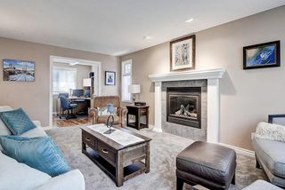 Photo 6: 5631 LODGE Crescent SW in Calgary: Lakeview Detached for sale : MLS®# C4261500