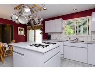 Photo 11: 3035 BALSAM Crescent in Surrey: Elgin Chantrell House for sale (South Surrey White Rock)  : MLS®# R2438267