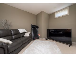 "Photo 17: 1 33321 GEORGE FERGUSON Way in Abbotsford: Central Abbotsford Townhouse for sale in ""Cedar Lane"" : MLS®# R2438184"