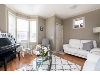 "Photo 6: 1 33321 GEORGE FERGUSON Way in Abbotsford: Central Abbotsford Townhouse for sale in ""Cedar Lane"" : MLS®# R2438184"