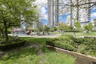 "Photo 19: 705 1155 SEYMOUR Street in Vancouver: Downtown VW Condo for sale in ""BRAVA NORTH"" (Vancouver West)  : MLS®# R2453073"