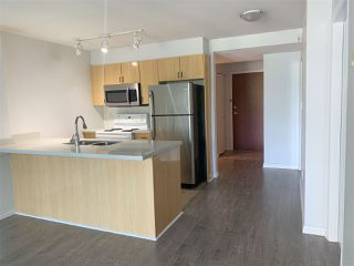 """Photo 10: 810 2763 CHANDLERY Place in Vancouver: South Marine Condo for sale in """"RIVER DANCE"""" (Vancouver East)  : MLS®# R2469769"""