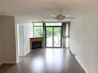 """Photo 11: 810 2763 CHANDLERY Place in Vancouver: South Marine Condo for sale in """"RIVER DANCE"""" (Vancouver East)  : MLS®# R2469769"""