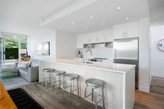 """Photo 19: 306 158 W 13TH Street in North Vancouver: Central Lonsdale Condo for sale in """"Vista Place"""" : MLS®# R2473450"""