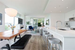 """Photo 18: 306 158 W 13TH Street in North Vancouver: Central Lonsdale Condo for sale in """"Vista Place"""" : MLS®# R2473450"""