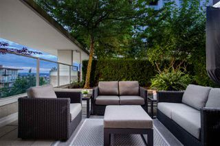 """Photo 9: 306 158 W 13TH Street in North Vancouver: Central Lonsdale Condo for sale in """"Vista Place"""" : MLS®# R2473450"""