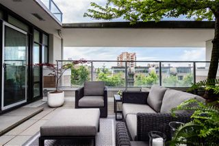 """Photo 6: 306 158 W 13TH Street in North Vancouver: Central Lonsdale Condo for sale in """"Vista Place"""" : MLS®# R2473450"""