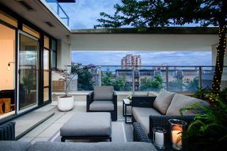 """Photo 8: 306 158 W 13TH Street in North Vancouver: Central Lonsdale Condo for sale in """"Vista Place"""" : MLS®# R2473450"""