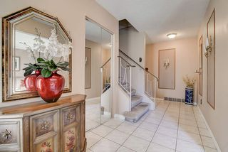 Photo 4: 3424 113 Street in Edmonton: Zone 16 House for sale : MLS®# E4205525