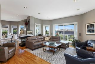 Photo 3: 1890 Mallard Dr in : CV Courtenay East House for sale (Comox Valley)  : MLS®# 852349