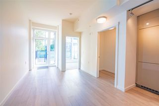 "Photo 3: 105 4171 CAMBIE Street in Vancouver: Cambie Condo for sale in ""Parq 26"" (Vancouver West)  : MLS®# R2508732"