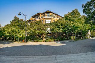 "Photo 27: 301 2175 SALAL Drive in Vancouver: Kitsilano Condo for sale in ""SAVONA"" (Vancouver West)  : MLS®# R2517640"