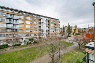 "Photo 14: 301 2175 SALAL Drive in Vancouver: Kitsilano Condo for sale in ""SAVONA"" (Vancouver West)  : MLS®# R2517640"