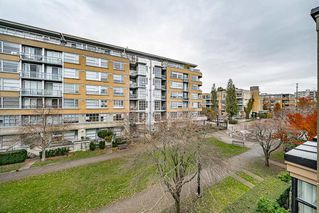 "Photo 24: 301 2175 SALAL Drive in Vancouver: Kitsilano Condo for sale in ""SAVONA"" (Vancouver West)  : MLS®# R2517640"