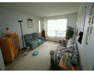 Photo 3:  in CALGARY: Riverbend Residential Detached Single Family for sale (Calgary)  : MLS®# C3200574