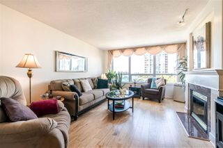 "Photo 1: 701 612 SIXTH Street in New Westminster: Uptown NW Condo for sale in ""THE WOODWARD"" : MLS®# R2390390"