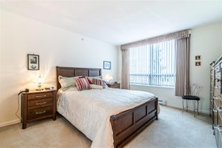 "Photo 12: 701 612 SIXTH Street in New Westminster: Uptown NW Condo for sale in ""THE WOODWARD"" : MLS®# R2390390"