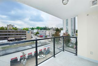 "Photo 1: 701 610 VICTORIA Street in New Westminster: Downtown NW Condo for sale in ""THE POINT"" : MLS®# R2392846"