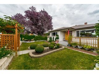Photo 16: 1414 E 60TH Avenue in Vancouver: Fraserview VE House for sale (Vancouver East)  : MLS®# R2396473