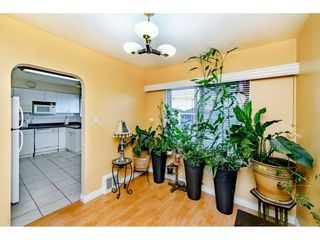 Photo 7: 1414 E 60TH Avenue in Vancouver: Fraserview VE House for sale (Vancouver East)  : MLS®# R2396473