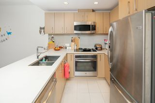 "Photo 5: 311 5981 GRAY Avenue in Vancouver: University VW Condo for sale in ""SAIL"" (Vancouver West)  : MLS®# R2396731"