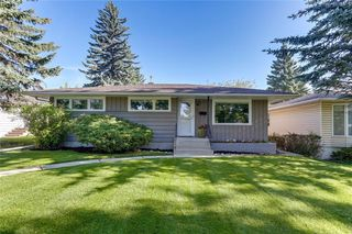 Photo 1: 3532 35 Avenue SW in Calgary: Rutland Park Detached for sale : MLS®# C4268473