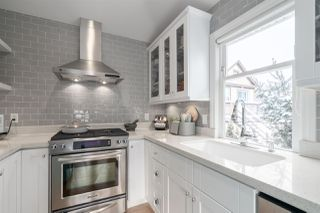 Photo 2: 338 W 12TH Avenue in Vancouver: Mount Pleasant VW Townhouse for sale (Vancouver West)  : MLS®# R2428999