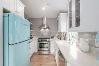 Photo 3: 338 W 12TH Avenue in Vancouver: Mount Pleasant VW Townhouse for sale (Vancouver West)  : MLS®# R2428999