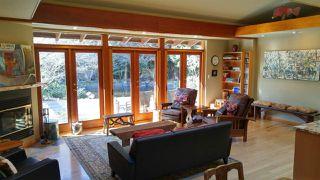 Photo 2: 7949-47 LOHN Road in Halfmoon Bay: Halfmn Bay Secret Cv Redroofs House for sale (Sunshine Coast)  : MLS®# R2444620