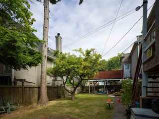 "Photo 10: 1155 MAPLE Street in Vancouver: Kitsilano Fourplex for sale in ""KITS POINT"" (Vancouver West)  : MLS®# R2456628"