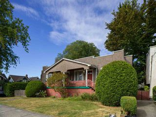 "Photo 4: 1155 MAPLE Street in Vancouver: Kitsilano Fourplex for sale in ""KITS POINT"" (Vancouver West)  : MLS®# R2456628"