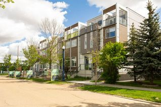 Photo 6: 3 9745 92 Street in Edmonton: Zone 18 Townhouse for sale : MLS®# E4201003
