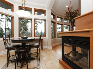 Photo 11: 8 915 Glen Vale Rd in Esquimalt: Es Gorge Vale Single Family Detached for sale : MLS®# 843551