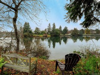 Photo 4: 8 915 Glen Vale Rd in Esquimalt: Es Gorge Vale Single Family Detached for sale : MLS®# 843551