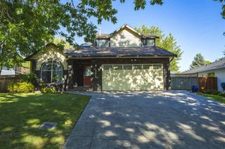 Photo 1: 5864 169 Street in Surrey: Cloverdale BC House for sale (Cloverdale)  : MLS®# R2481571