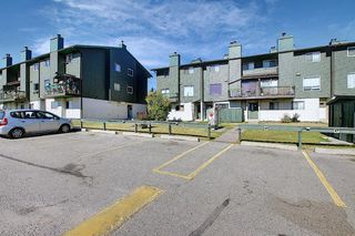 Photo 31: 48 2511 38 Street NE in Calgary: Rundle Row/Townhouse for sale : MLS®# A1036999