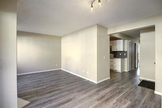 Photo 7: 48 2511 38 Street NE in Calgary: Rundle Row/Townhouse for sale : MLS®# A1036999