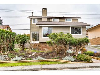 """Main Photo: 910 BURNABY Street in New Westminster: The Heights NW House for sale in """"The Heights"""" : MLS®# R2520044"""