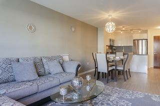 Photo 4: 205 3323 151 Street in Surrey: Morgan Creek Condo for sale (South Surrey White Rock)  : MLS®# R2409291
