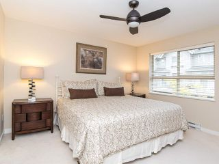 """Photo 10: 101 2738 158 Street in Surrey: Grandview Surrey Townhouse for sale in """"Cathedral Grove"""" (South Surrey White Rock)  : MLS®# R2414064"""