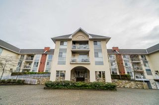 """Main Photo: 104 19835 64 Avenue in Langley: Willoughby Heights Condo for sale in """"Willowbrook Gate"""" : MLS®# R2423748"""