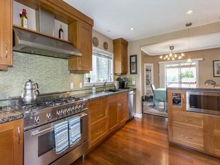 Photo 4: 799 Donegal Place in North Vancouver: Delbrook House for sale : MLS®# R2089573