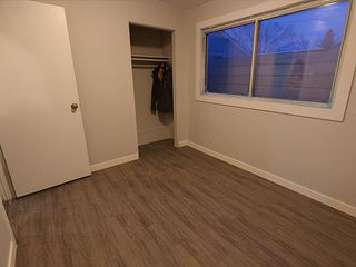 Photo 10: 11916 130 Avenue in Edmonton: Zone 01 House for sale : MLS®# E4182176