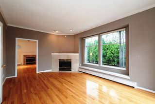 Photo 2: 2788 CYPRESS Street in Vancouver: Kitsilano House 1/2 Duplex for sale (Vancouver West)  : MLS®# R2424951