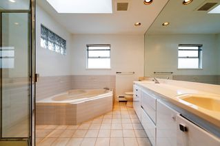 Photo 13: 2788 CYPRESS Street in Vancouver: Kitsilano House 1/2 Duplex for sale (Vancouver West)  : MLS®# R2424951