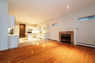 Photo 6: 2788 CYPRESS Street in Vancouver: Kitsilano House 1/2 Duplex for sale (Vancouver West)  : MLS®# R2424951