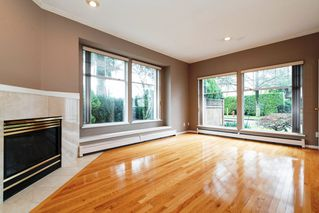 Photo 3: 2788 CYPRESS Street in Vancouver: Kitsilano House 1/2 Duplex for sale (Vancouver West)  : MLS®# R2424951