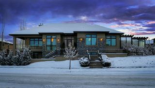 Photo 1: 2317 Martell LN in Edmonton: House for sale