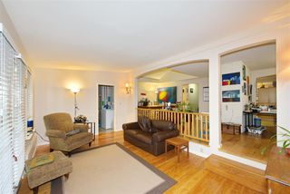 Photo 7: 1676 SW MARINE Drive in Vancouver: Marpole House for sale (Vancouver West)  : MLS®# R2432065