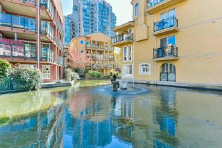 "Photo 18: 304 3 RENAISSANCE Square in New Westminster: Quay Condo for sale in ""The Lido"" : MLS®# R2445388"